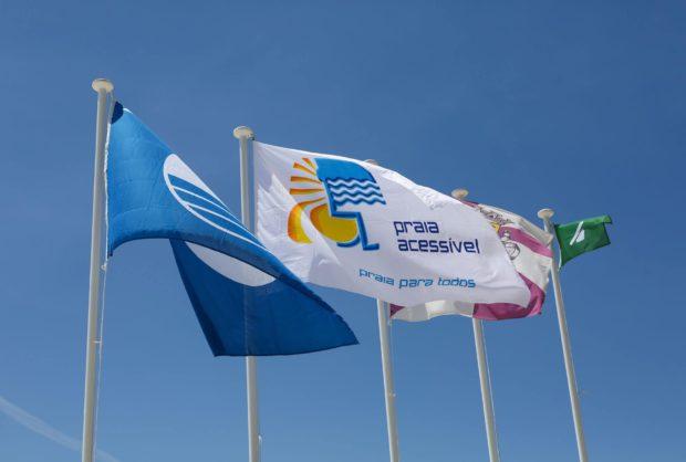 Bandeira Praia Acessível